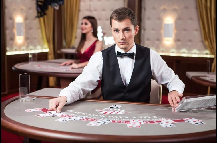 Tragic Mistakes You Are Doing Until Now At A Poker Table
