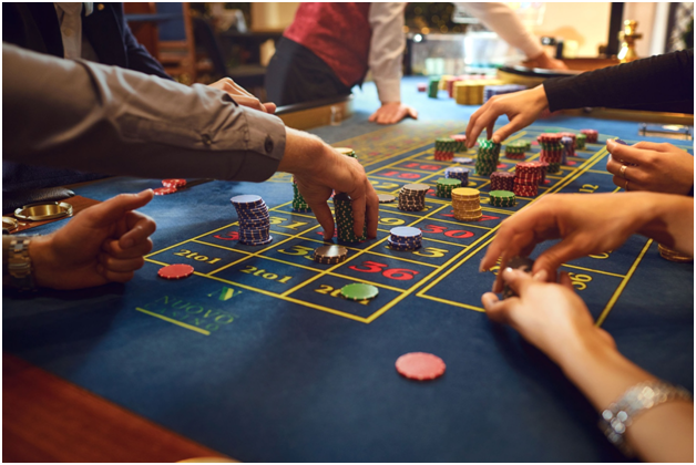 The pros and cons of cautious betting in casino games
